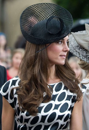cappelli-kate-middleton-hollywoodiano-154435_L